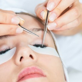 Reasons for Becoming an Eyelash Technician and Eyelash Extension Courses Info